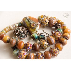"""""""Honey"""": necklace and earrings"""